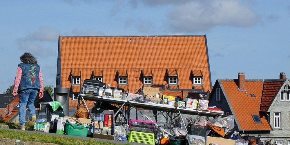 Flohmarkt auf der Kaiserpfalzwiese
