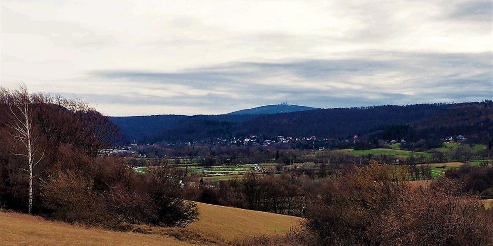 Blick auf Bündheim und Brocken