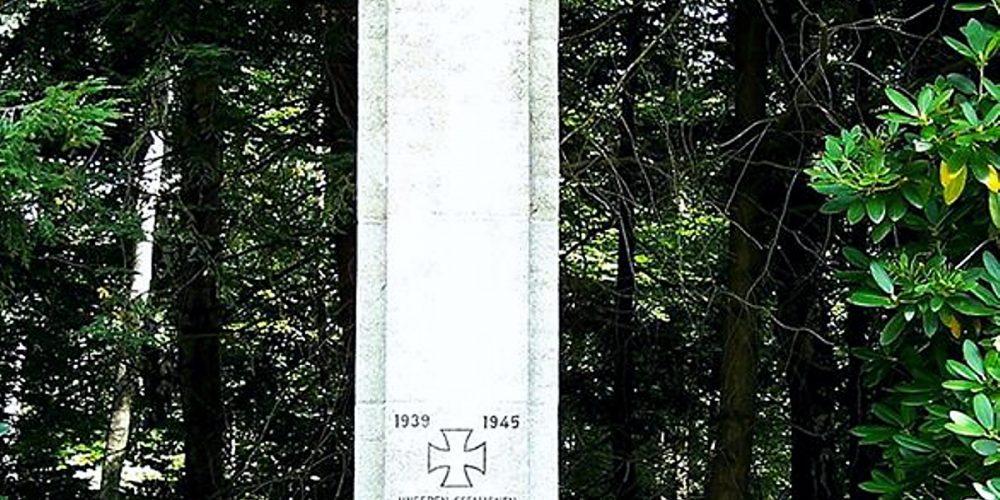 Ehrenmal am ehemaligen Fliegerhorst Goslar
