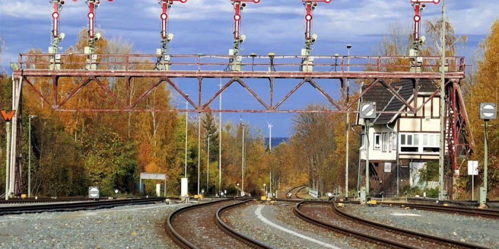 Denkmalgeschützte Signalbrücke